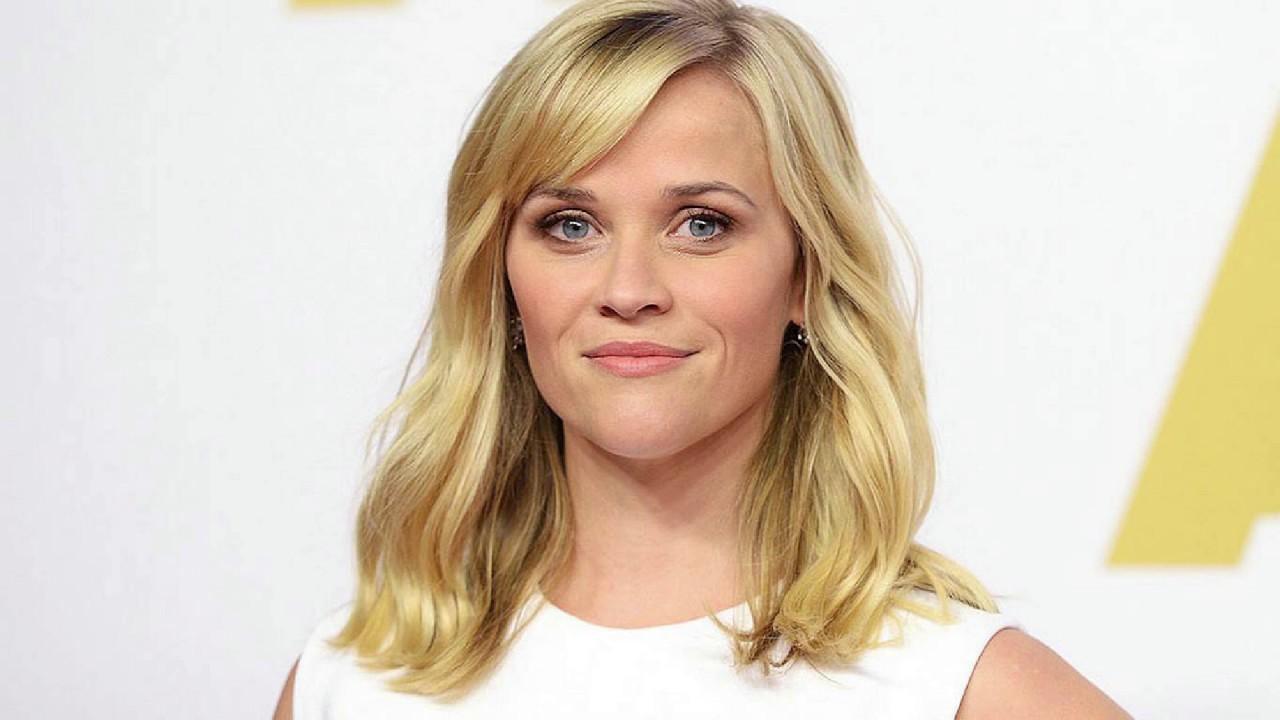 Celebrity Hypnosis Slideshow | Celebrity News